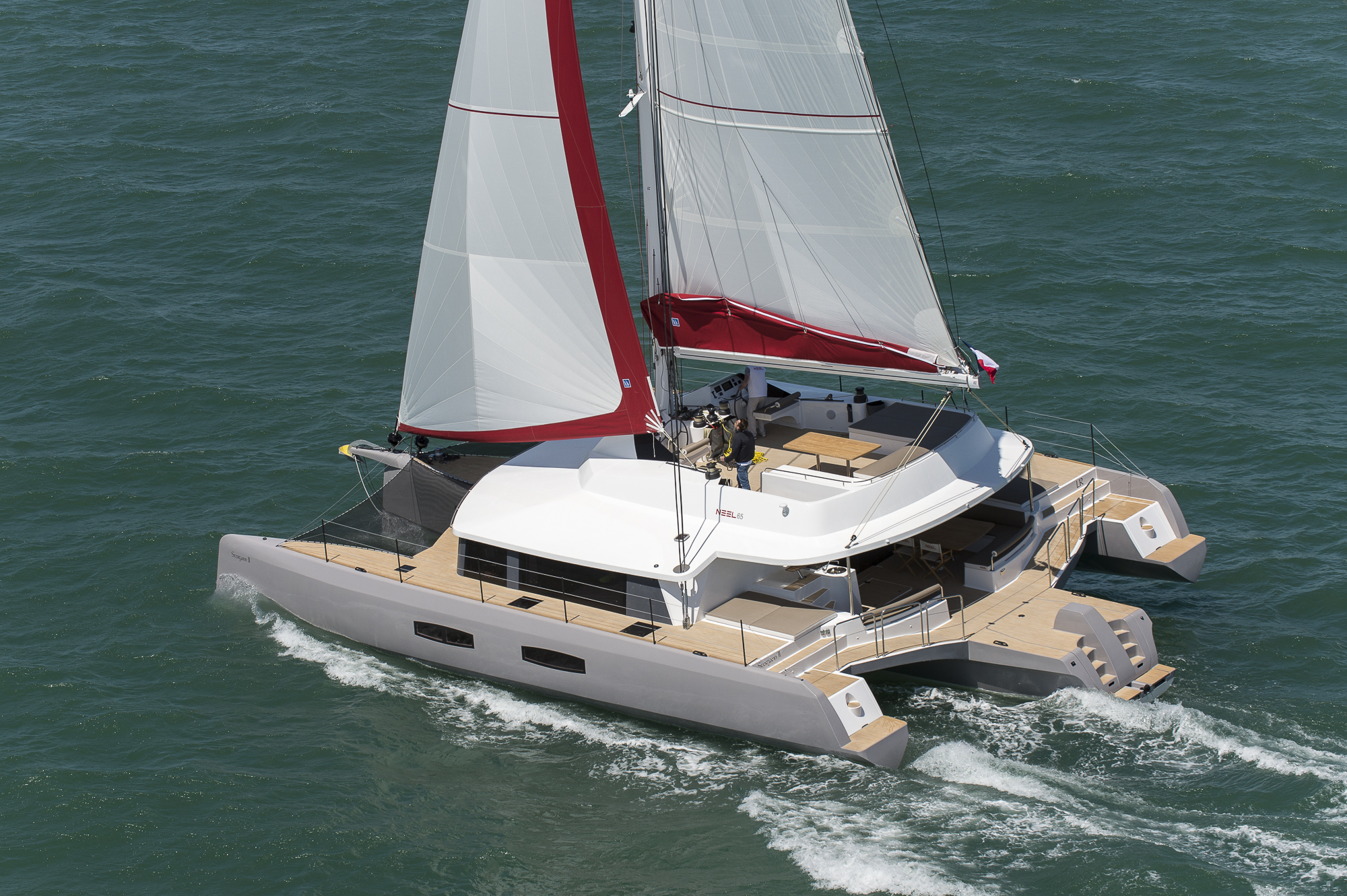 Why a trimaran NEEL ?